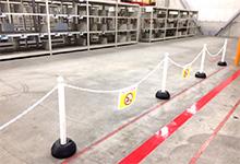 歩行動線の明確化・安全対策の例